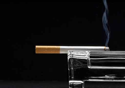 Conjuro de amor con cigarro
